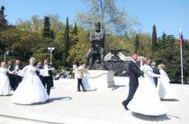 День благотворительности «Белый цветок» пройдет в городах Крыма