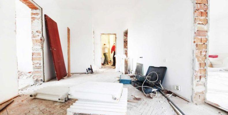 Житель Ялты присвоил себе средства, выданные ему на ремонт помещения