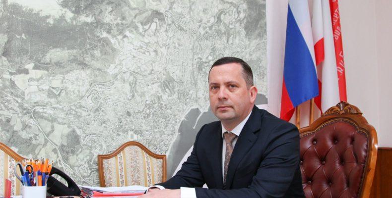 Алексей Челпанов: Город, где многие строят свою работу на кулуарных договорённостях