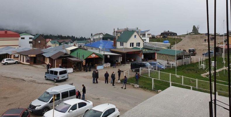 Самовольные постройки. Есть ли документы у владельцев кафе в селе Охотничье на плато Ай-Петри? (видео)