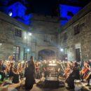 Концерт «Под сенью воронцовского платана»: рапсодии и каприччио звучали в исполнении Академического симфонического оркестра