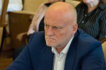 Врио главы Ялты Иван Имгрунт пока не определился с участием в конкурсе на главу администрации Ялты, но город изучил основательно