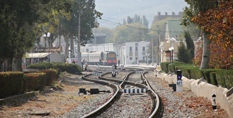 Поездом на море: готов ли Крым к запуску железной дороги