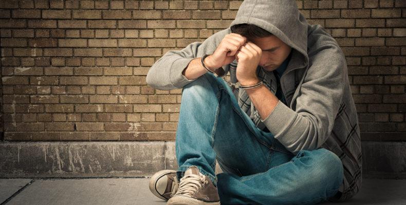 «Колумбайн» не удался: ФСБ задержала студента, готовившего массовое убийство