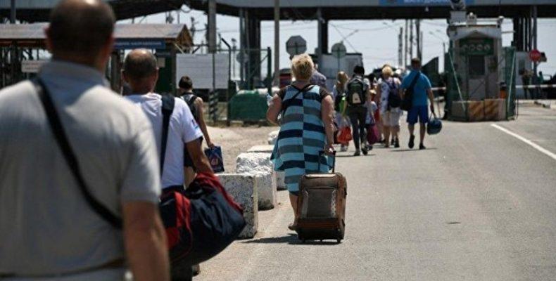 В Крыму закрыли проезд к двум пунктам пропуска на границе с Украиной