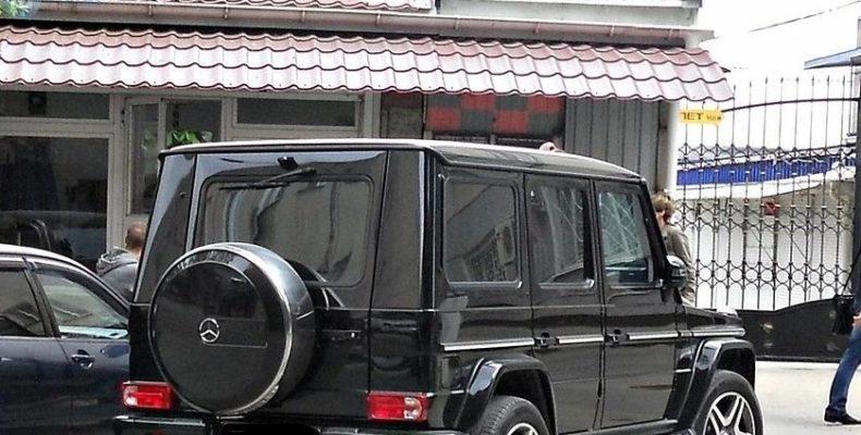Крым: оставленная в машине шестилетняя девочка случайно прострелила себе голову