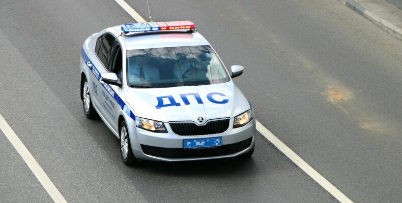 Ялта: водитель разыскиваемого Интерполом автомобиля сбил полицейского