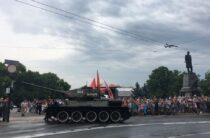 Инцидент с Т-34 на параде в Крыму: почему танк повернул на зрителей