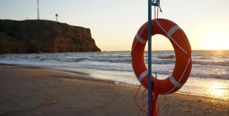 Крым: прыгнул с пирса в море и разбился